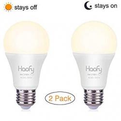 Chollo - Pack de 2 Bombillas LED Haofy con Sensor Crepuscular