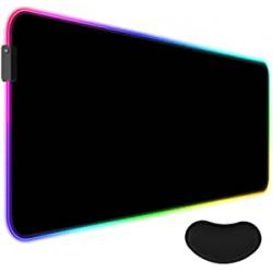 Chollo - UCMDA Alfombrilla gaming RGB XXL 80x30cm + Reposamuñecas
